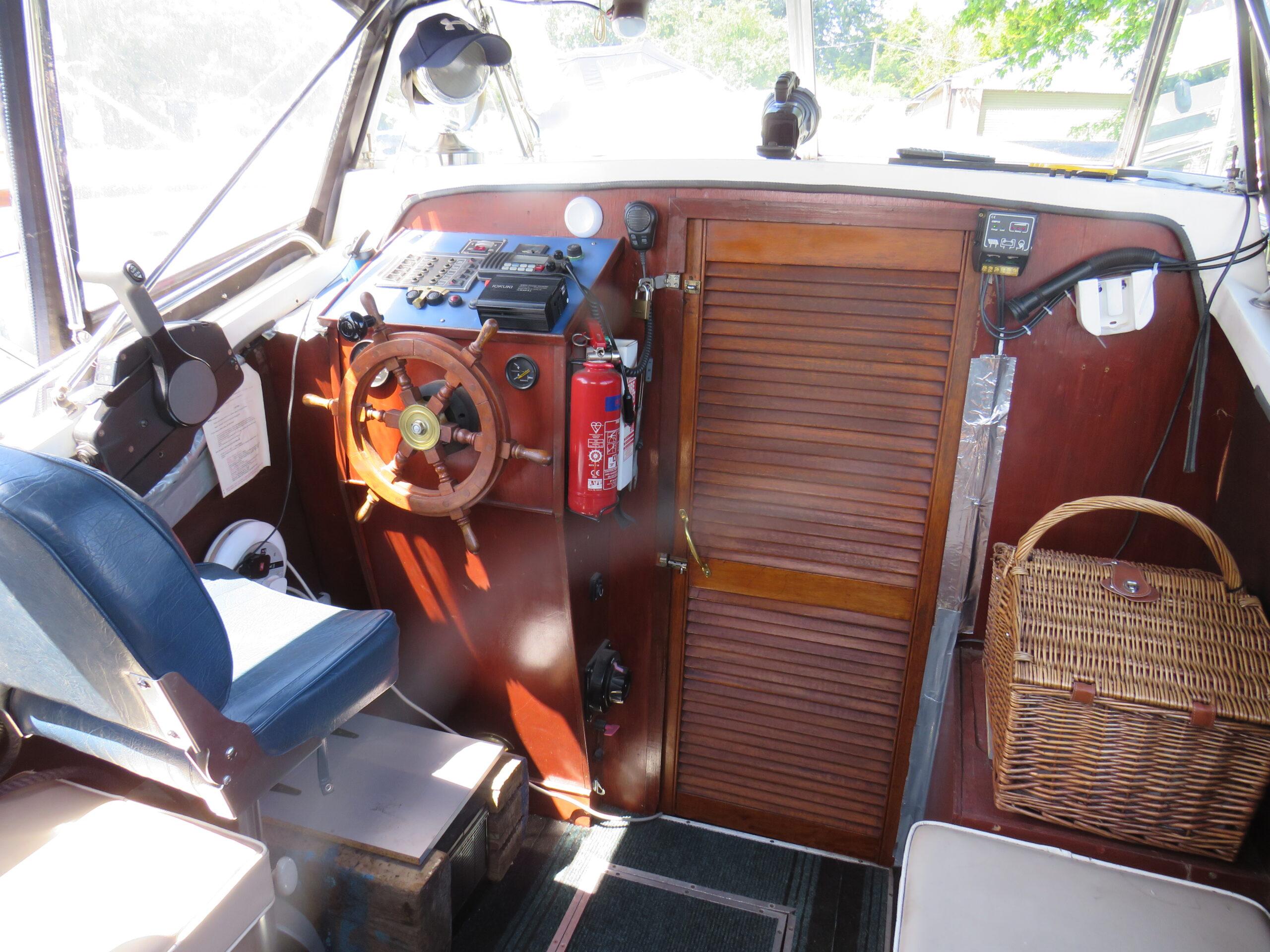 Viking 32 Aft Cabin Kalami - image